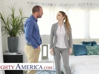 Naughty America -Bunny Colby knows how to sell a house