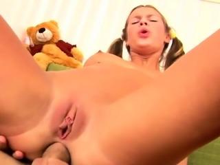 Penis stuffed curvaceous brunette Alia's wet muff