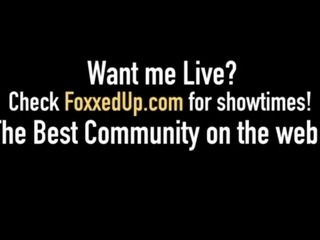 Black Teen Jenna Foxx Gets Pussy From Busty Milf Sara Jay!