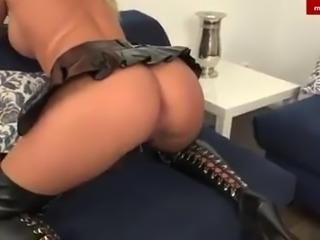 Lick your German misstress' asshole