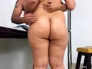 Big booty amateur milf in desperate need of a deep fucking