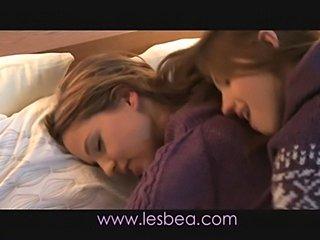 Lesbea Swollen clit and moist p ... free
