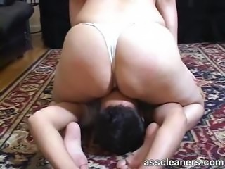 Mistress smothers an ass licker using her fat round ass