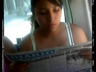 Charapita Tetona en Bus free
