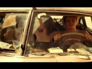 Kristen Stewart - On the Road 01
