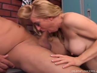 Beautiful older babe enjoys a hard fucking and the taste of cum