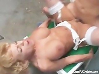 Hung cub bangs a cougar in the garage