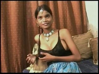 """Indian Slut """"Teen"""" Punja takes Creampie free"""