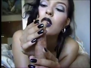 goth girl brings thin cock to agony with teasing handjob
