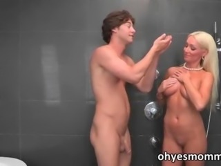 Sexy stepmom Diana Doll seduces her girls bf
