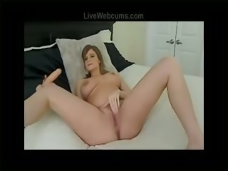 Pregnant Cam Girl Squeezing Milk