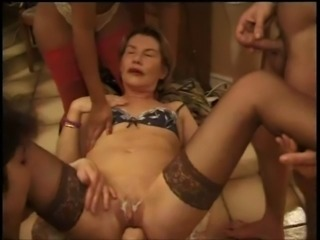 fist & anal games with french woman