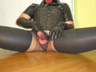 Leather Bitch Electro Cum