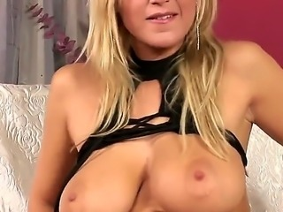 Carol Goldnerova shocks us with her amazing big boobs, but this is not the...
