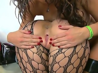 Stacked honeys Phoenix Marie and Stephani Moretti are both real blowjob pros,...