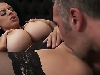 Keiran Lee is lucky to meet absolutely fantastic brunette sex goddess Louise...