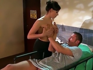 Brooke Lee Adams visits Danny Mountain to the hospital and pleases him with...