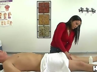 Sexy hot Adrianna Luna gives Ashton Kilmer fucking relaxation during massage!