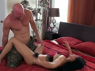 Arousing hottie Isis Love enjoys fucking in hardcore with stud Johnny Sins