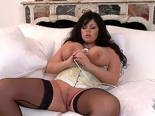 Turned on long haired curvy Lauren with gigantic jaw dropping gaozngas and...