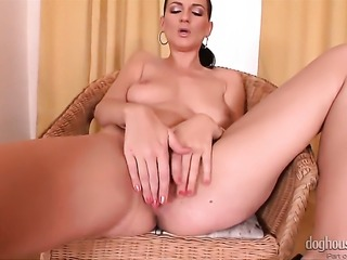 Walleria gets naked and masturbates with toy