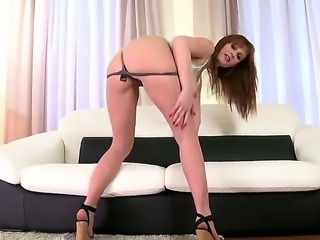 Busty milf LaTaya Roxx loves having intense pleasure while masturbating hard
