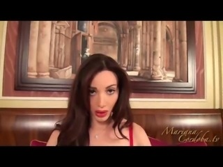 Mariana Cordoba masturbates in her red lingerie