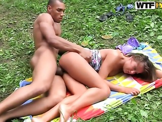 Hot blooded hottie gives giving oral pleasure to horny dude