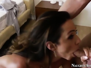 Danny Wylde plays hide the salamy with Ariella Ferrera with massive jugs