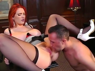 Red head porn model Siri exposed her big tits and large butt for Keiran Lee