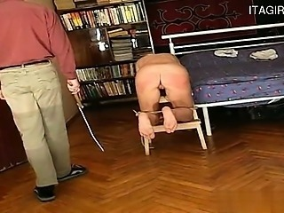 Horny gf creampie cleanup