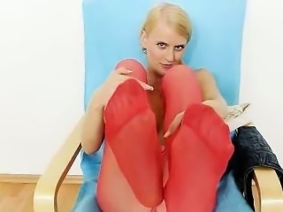 Fuckable Kasia stuffs her pussy with red pantyhose