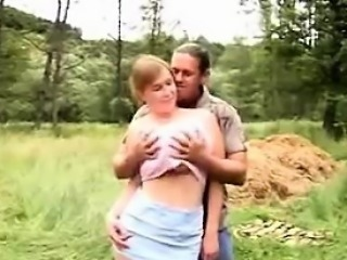 Chubby Girl Fucks Outdoors In Nature