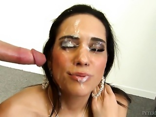 Tia Cyrus takes dick so fucking deep after warm-up