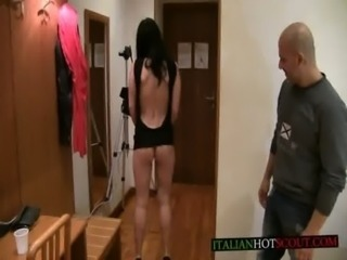 bellissima pompinara / beautiful blowjob free