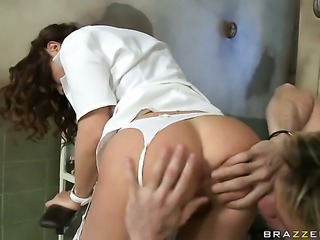 Choky Ice bangs sultry Roberta Gemmas cornhole in every position