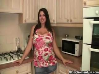 Moms with natural big tits collection free