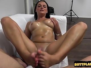 Sexy pornstar creampie cleanup