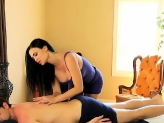Hot big boobs masseuse Jasmine Jae screwed by her client