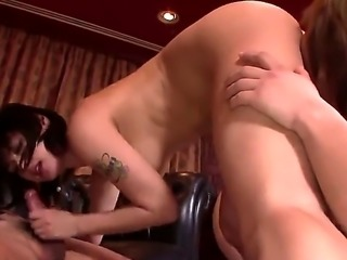 Japanese babe with an incredible body and a firm and round ass, Maria Ozawa,...