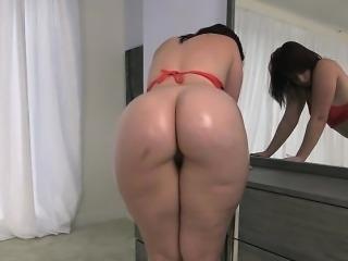 Fantastic fat butt Virgo Peridot for interracial anal