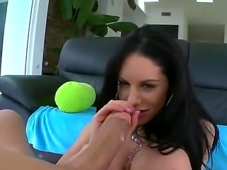 Bella Reese is a big ass babe that is giving a blow job. She is able to...