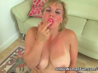 British milf Danielle needs orgasmic pleasure