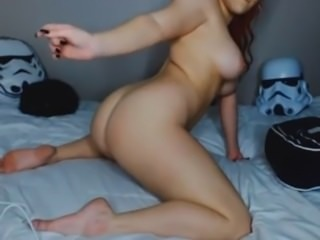 omegle sex busty redhead twerking on webcam