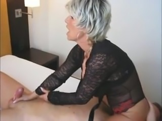 Lady Barbara Facesitting Handjob