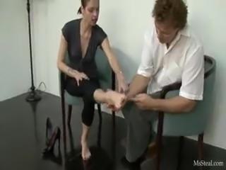 Kinky foot