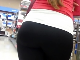 ASSmazing Blonde Bubble Butt At WalMart!