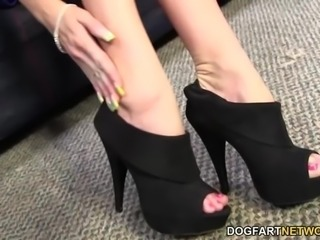 Kaylee Hilton takes BBC with her sexy feet