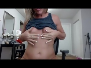 Young SheMale fingering her ass