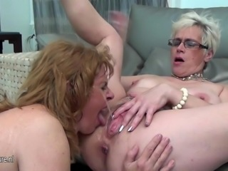 Three old and young lesbians piss on each other